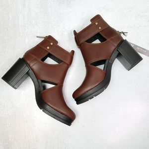 Sorel Margo Cut Out Block Heel Boots Brown 7.5 NWT